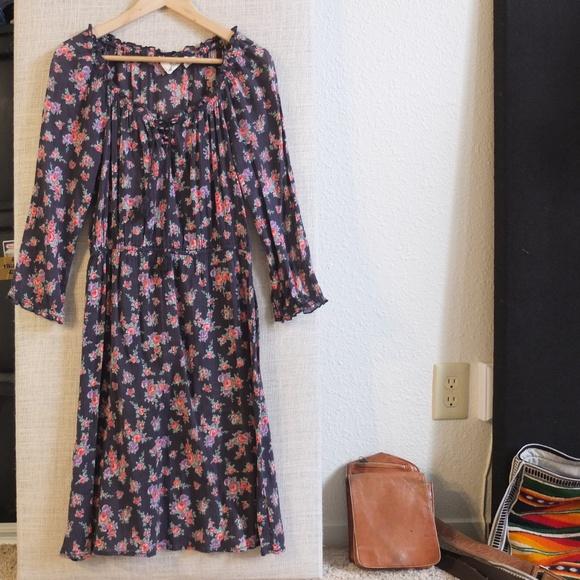 H&M Dresses & Skirts - H&M Floral Peasant 3/4 Sleeve Midi Dress Size 6
